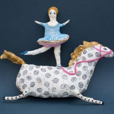 Tänzerin mit Pferd